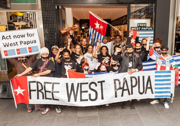 1600px-Free_West_Papua_Protest_Melbourne_August_2012